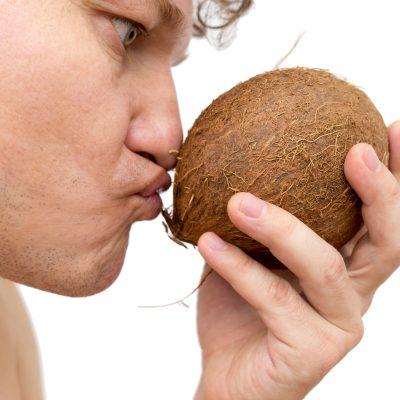 jak-se-nenechat-napalit-pri-koupi-kokosoveho-oleje-1